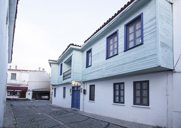A cheap family pension in Bozcaada, Gürkol Pension